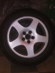 летние шины б/у   4 шт.с литыми дисками