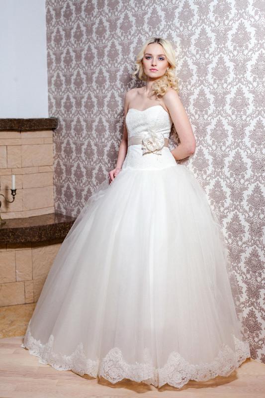 В ялте платья свадебные