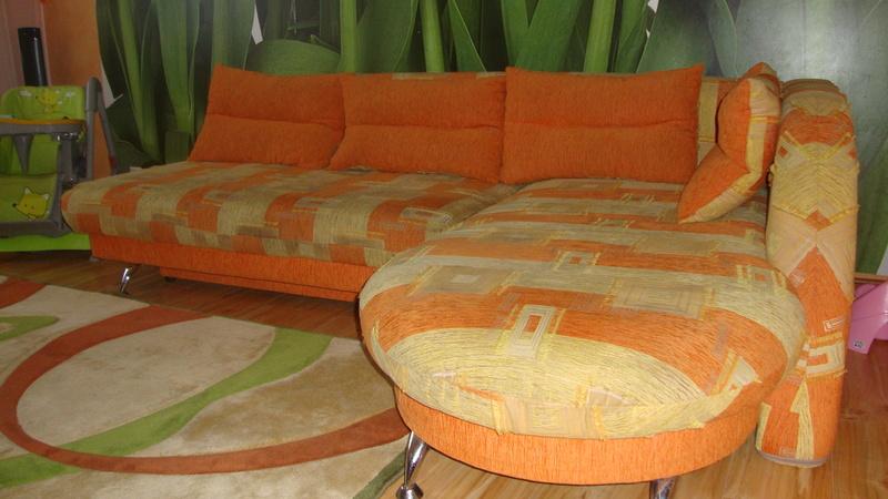 Фото 2. Угловой диван кровать.