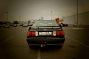 продам автомобиль Audi 80B3