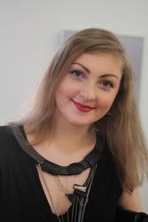 Предлагаю услуги репетитора по русскому и английскому языкам.